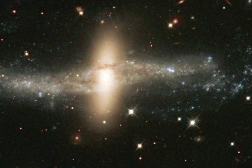 Галактика NGC 4650A.