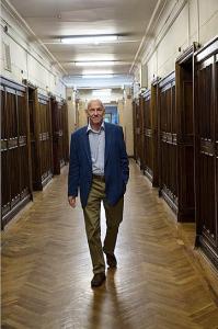 Академик Рубаков — один из ведущих в мире специалистов в области квантовой теории поля, физики элементарных частиц и космологии